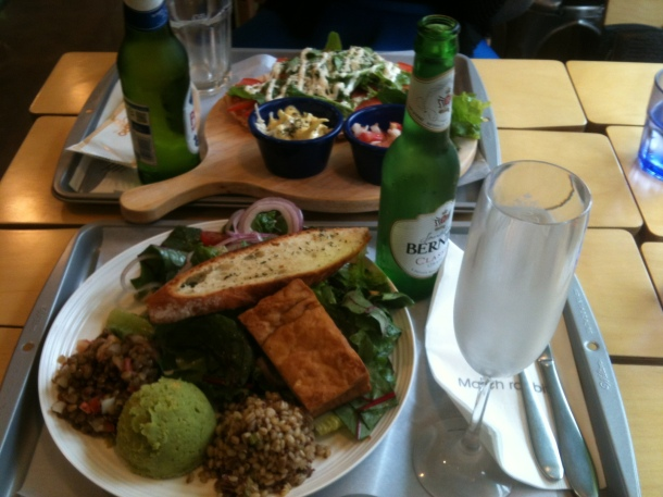 This was the salad I ate most recently. Doesn't it look divine? You can see the generous servings of lentil salad, green hummus and barley quinoa salad. Now THIS is a proper salad. And served with some Bernini cause that's how I roll..